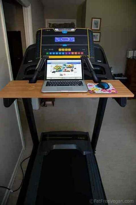Treadmill_Desk_Laptop